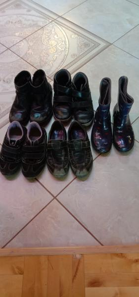 Отдам обувь на мальчика, р-р 36, натуральная кожа, (зимние, демисезон) Юничел, резиновые сапожки, р-