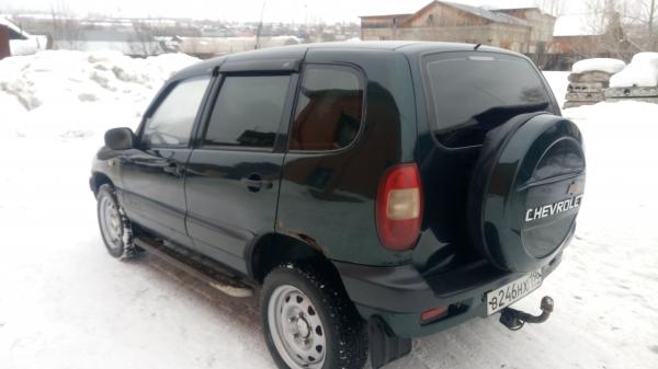 Продам Chevrolet НИВА. Салон, ходовая и двигатель в х/c. Торг при осмотре
