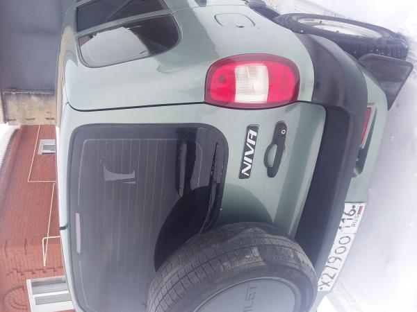 продам Chevrolet ниву 2007 года.родной птс.1хозяин.вся в родной краске.не битая.не гнилая.не ржавая.