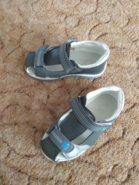 Продам большой пакет одежды на мальчика 5-6 лет, р-р 104-110-116, обувь р-р 29