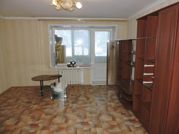 Продается большая 3-х км. благоустроенная кв. по ул. Ачитская, 2В. на 1-м этаже. Площадь 64 м² Все к