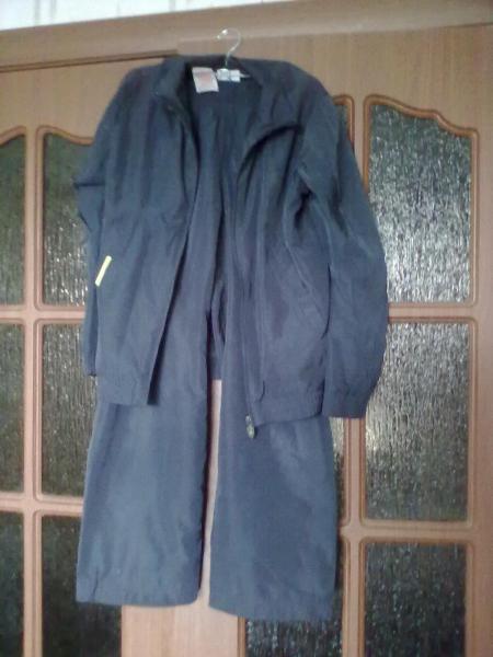 Продам детский спортивный костюм ADIDAS на 9-10 лет, р-р 140