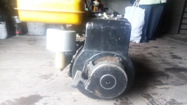Продам двигатель от мотоблока каскад, в сборе, инф. по тел