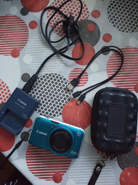 Продам фотоаппарат Canon PowerShot SX230 HS в х/c для любительских съемок. 12Мп, FullHD 1080px, в ус