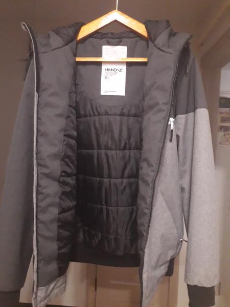 Продам курточку мужскую, евро зима, фабричный китай, р-р 48-50,наполнитель полиэстер, 4 кармана с вн
