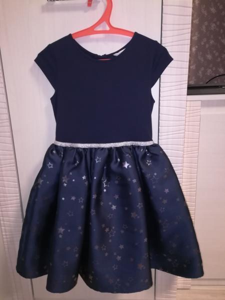 Продам платье фирмы H&M в ид/с, одевали два раза. Рост 134-140см