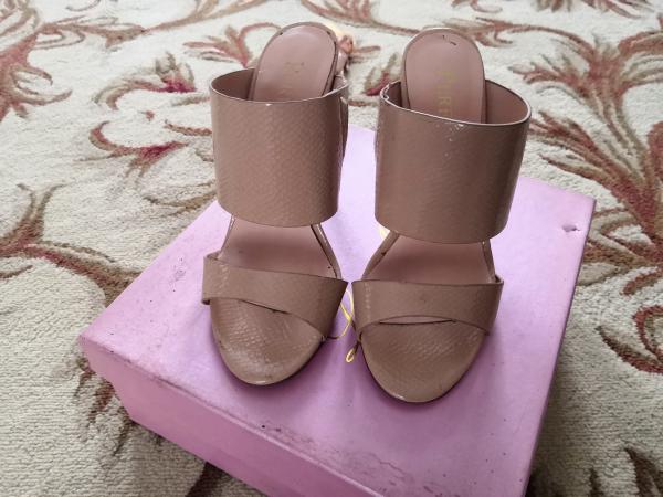 Продам, туфли 35-36 р-р, носила мало в х/c