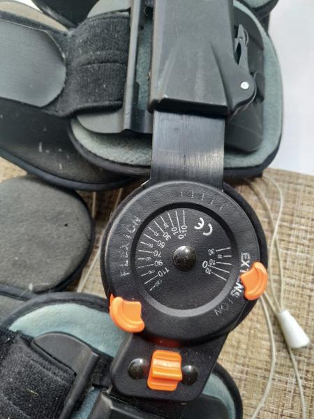 Жесткий тутор на колесный сустав